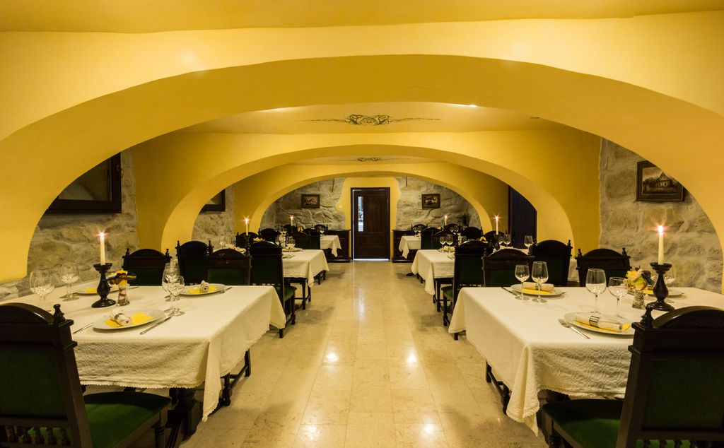 Conacul Benke - Restaurant