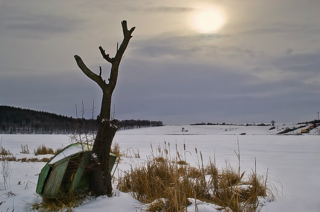 Lacul Padureni Iarna