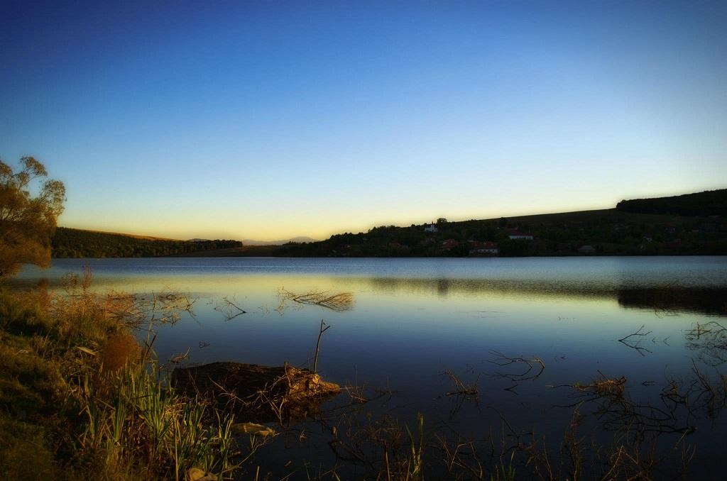 Lacul Padureni