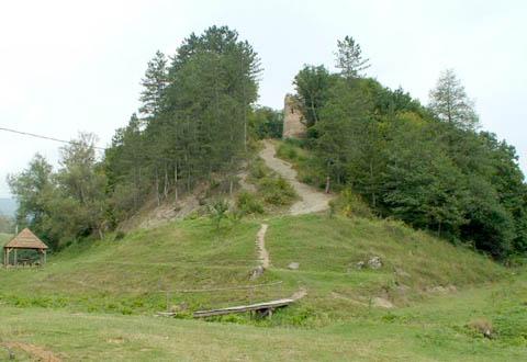 Cetatea Ika – Turnul ciunt – Cernat