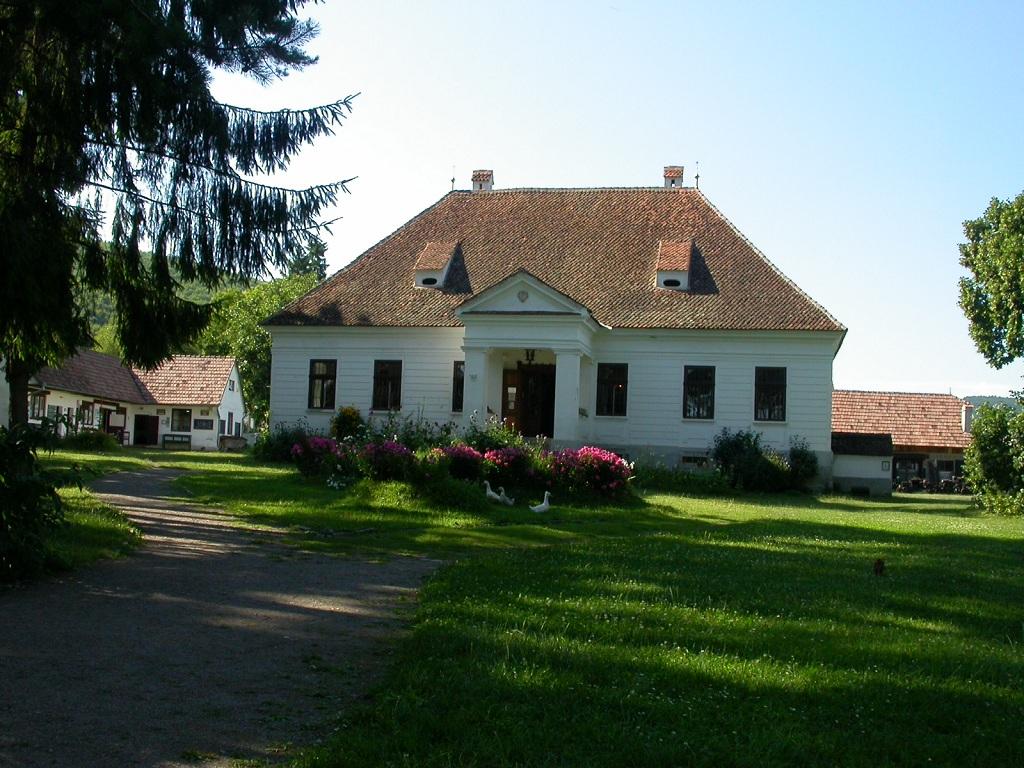 Muzeul Etnografic Haszmann Pal - Cernat